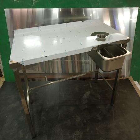 стол под кофемашину, с отверстием для сбора отходов